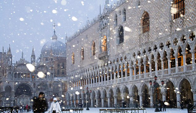 A Winter Evening in Venice