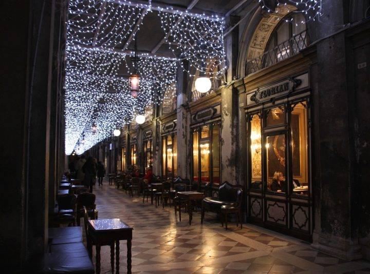 Curiosities of Christmas in Venice