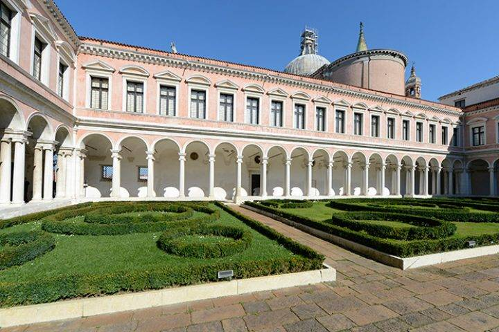 palladian cloister photo by enrico de santis all images courtesy of fondazione giorgio cini 720x480