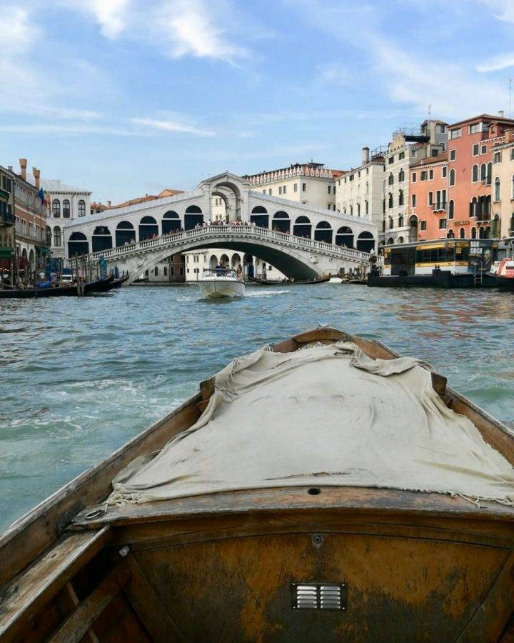 Rialto-from-the-boat.