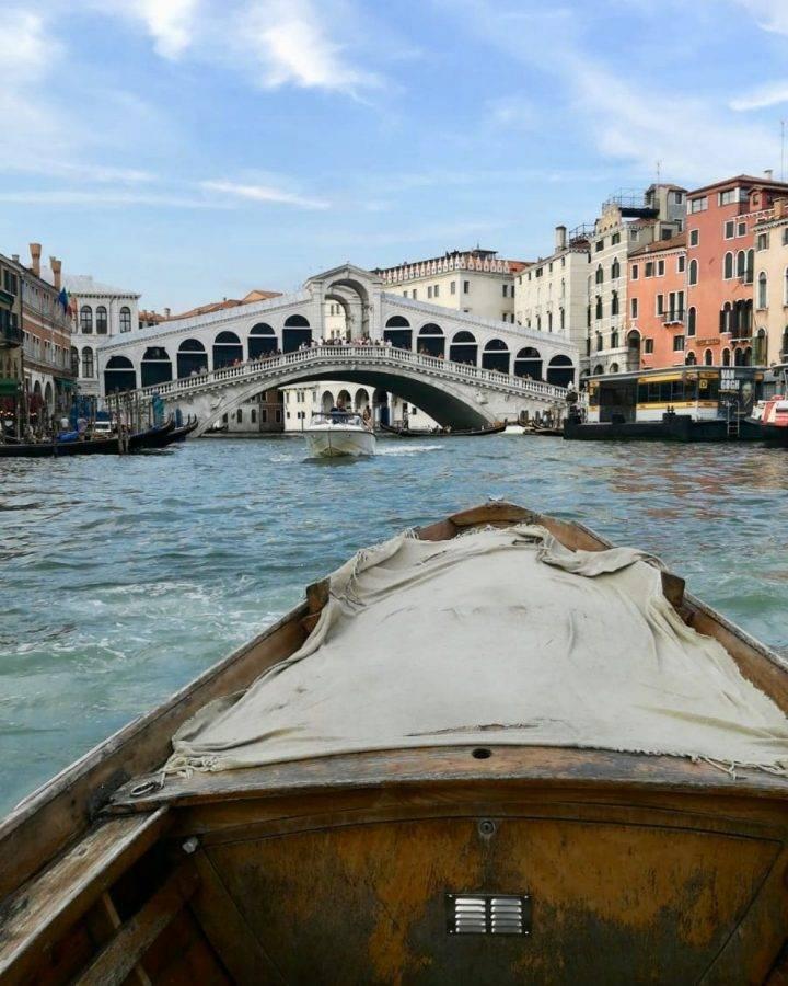 Rialto-from-the-boat.
