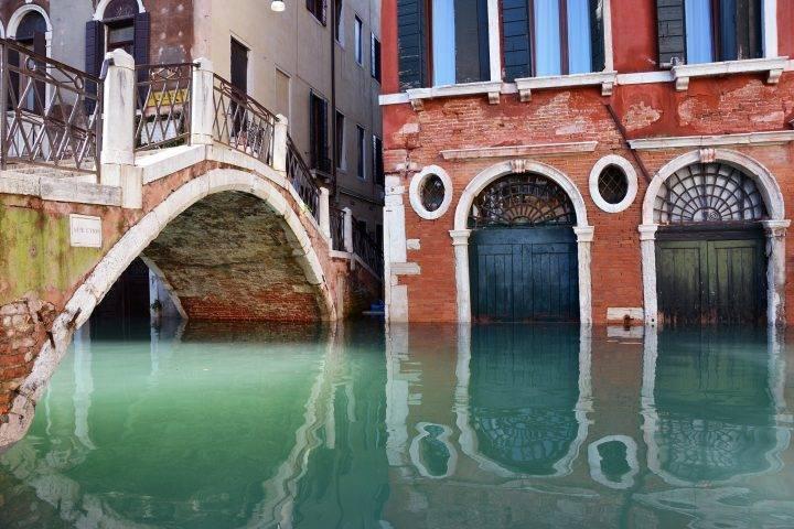 acqua alta venezia campo manin san marco 720x480