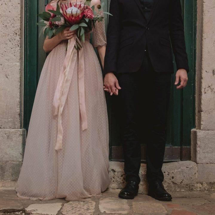 Celebrating A Romantic Wedding In The City Of Bridges