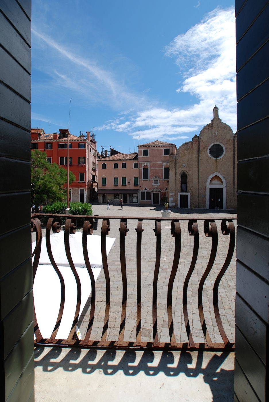 the view is incredibly charming, 100% Venetian