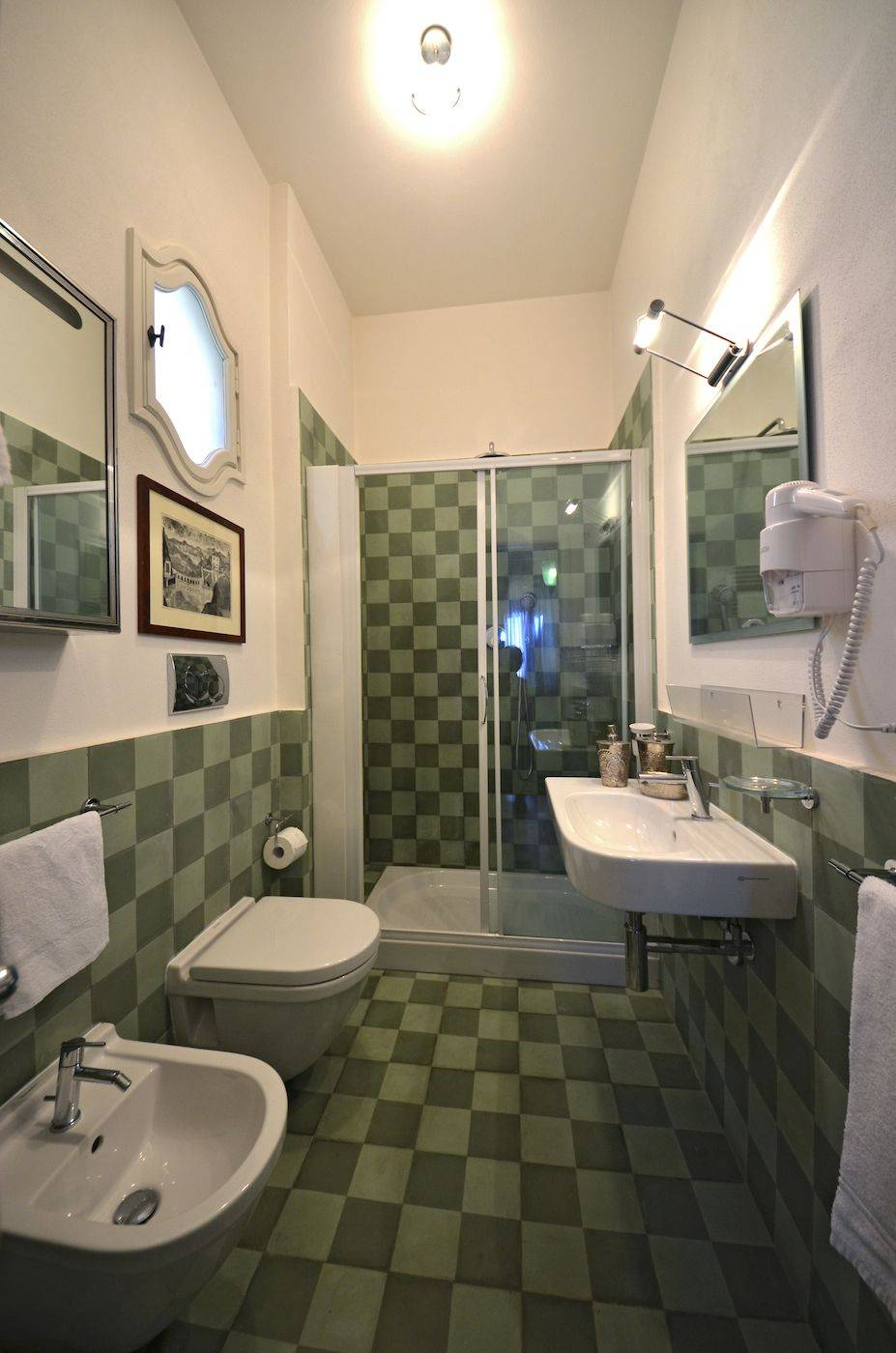 fourth bathroom