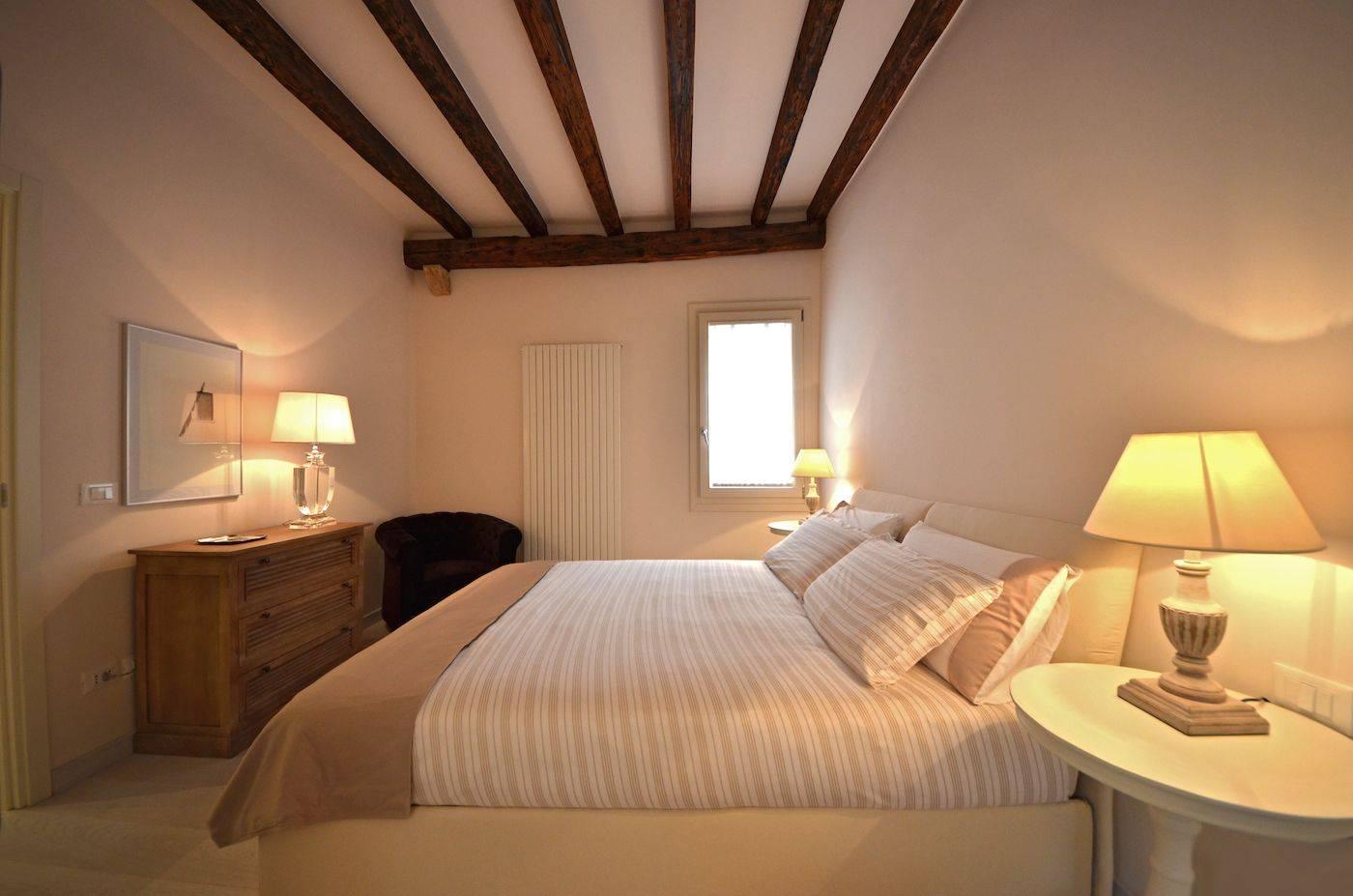 the cozy bedroom is very quiet