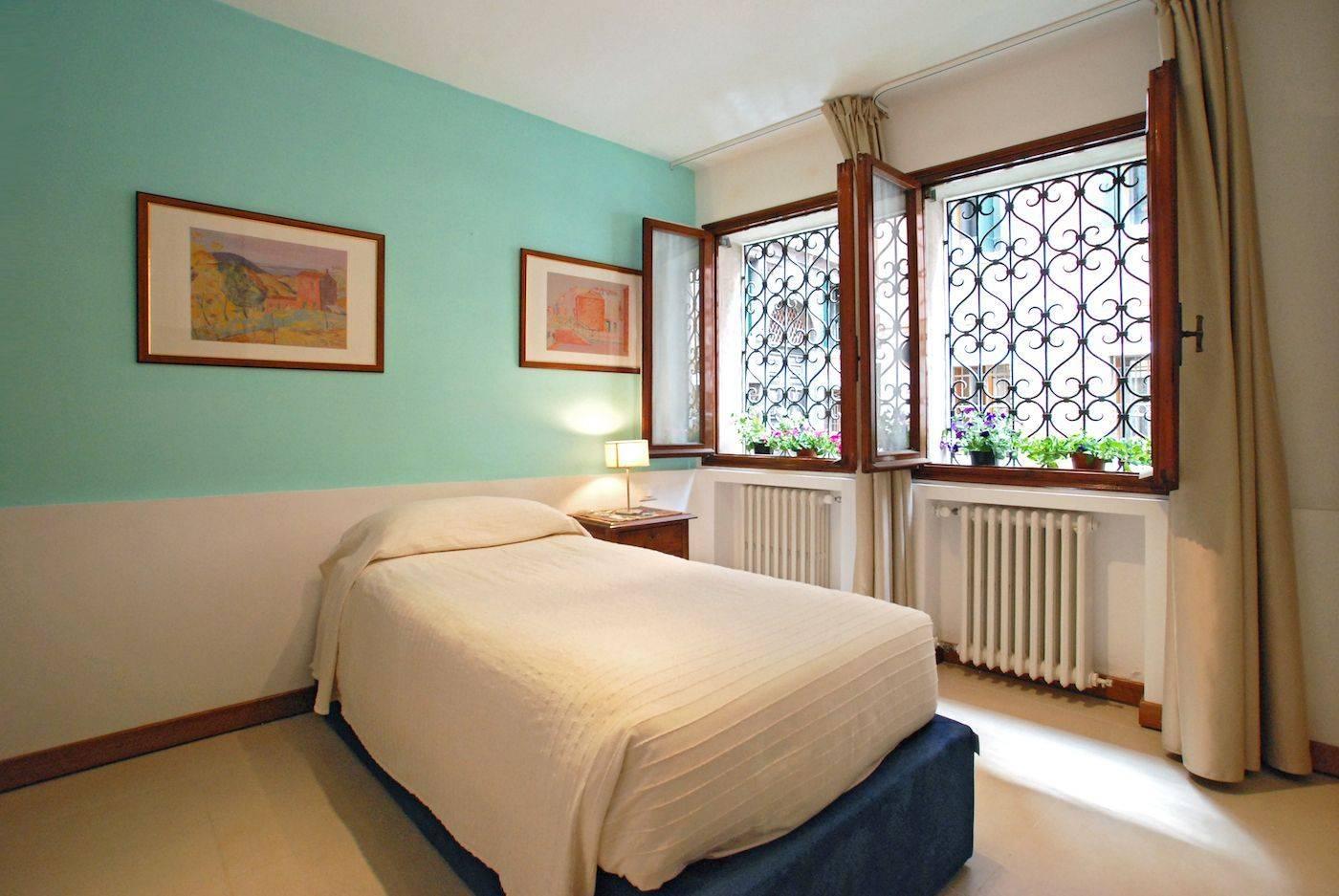 Angelo Michele bedroom single or twin