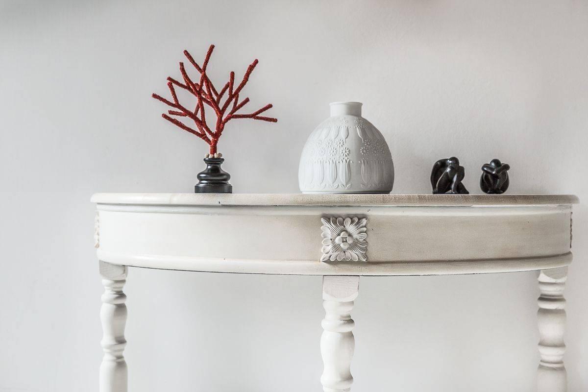 elegant detail of the Leonessa