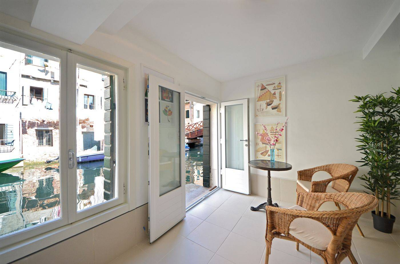the master bedroom has a water door from where you can access the little terrace on the canal