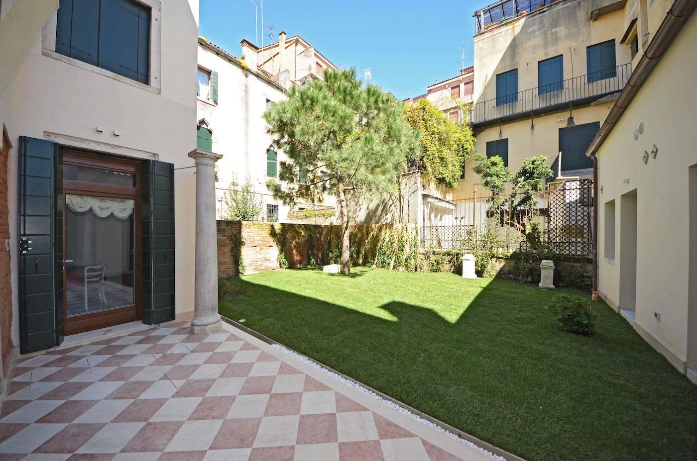 Palladio Garden