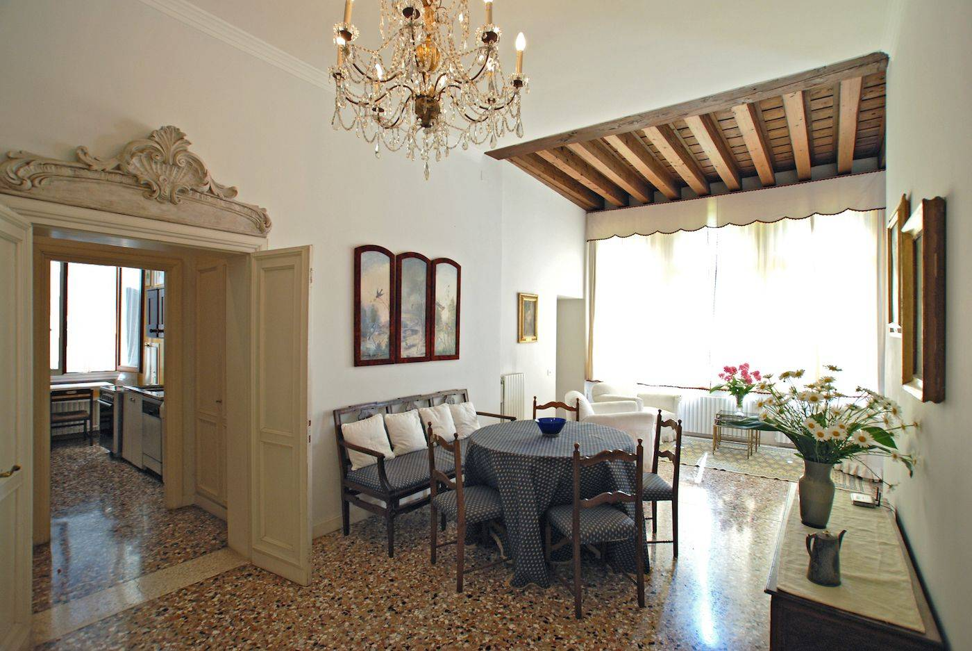 living / dining room of the Rezzonico Garden apartment