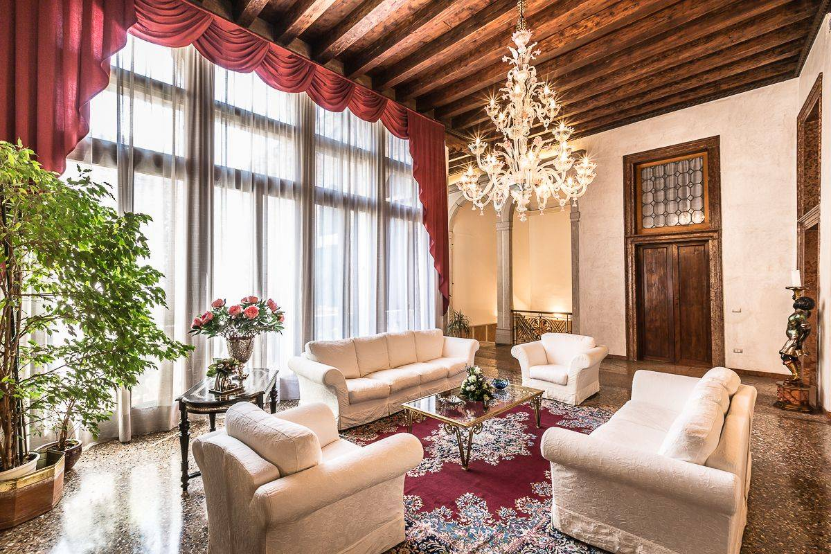 truly prestigious and authentic Venetian Tiziano Noble Floor