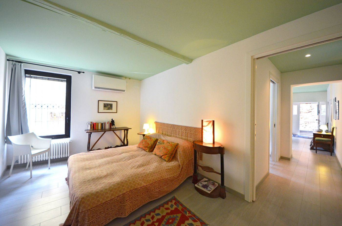 big double or twin bedroom