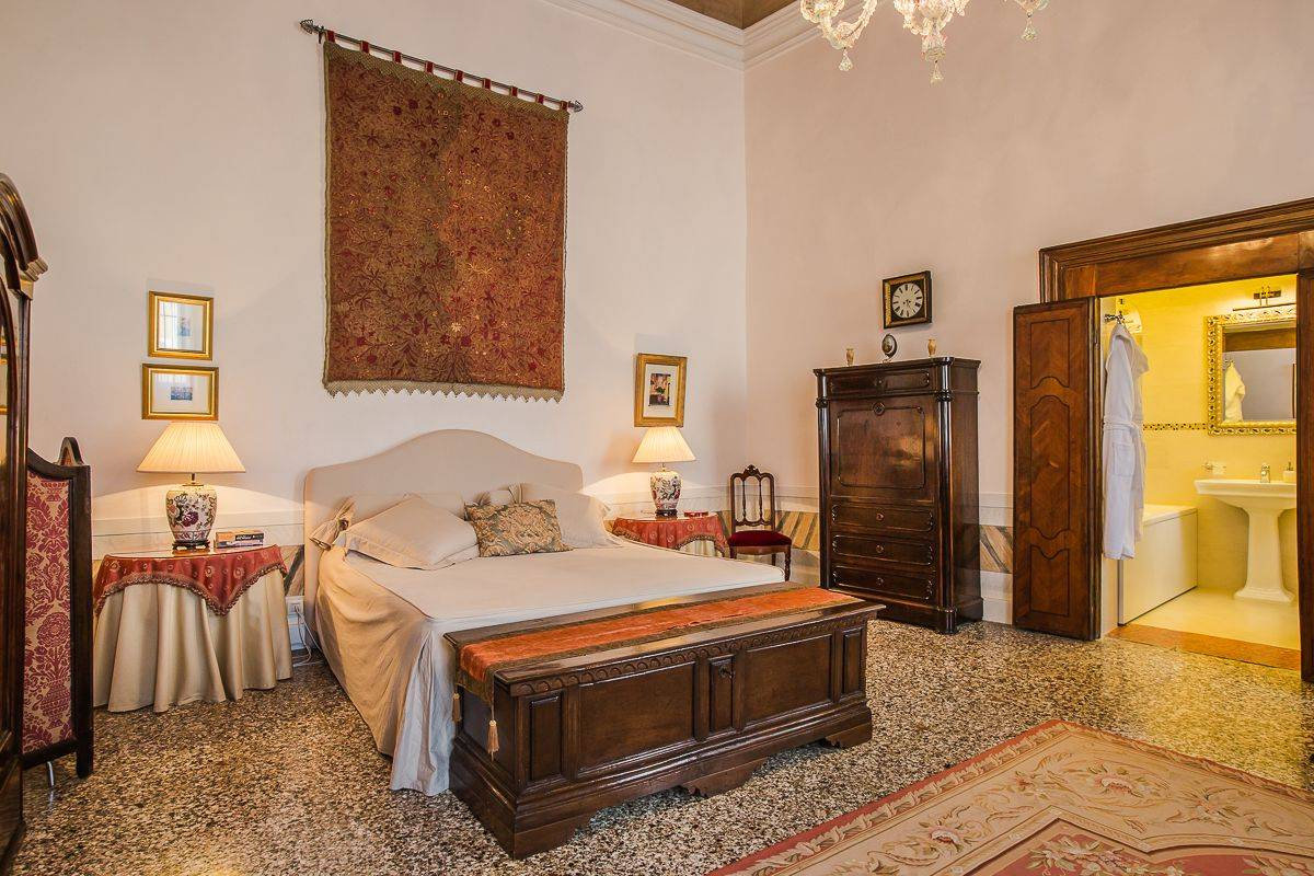 large master bedroom with ensuite bathroom