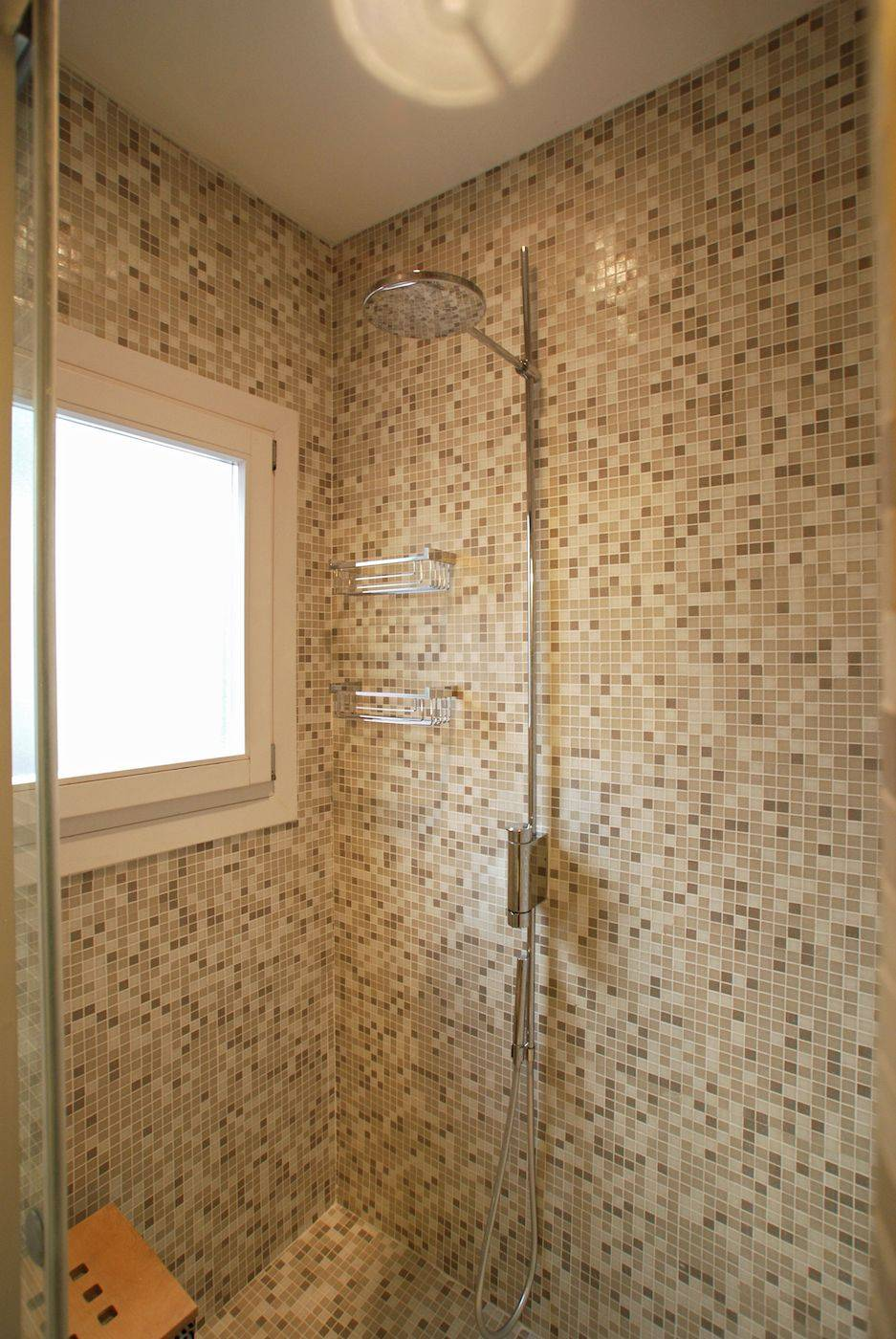 Leonessa master bathroom shower room
