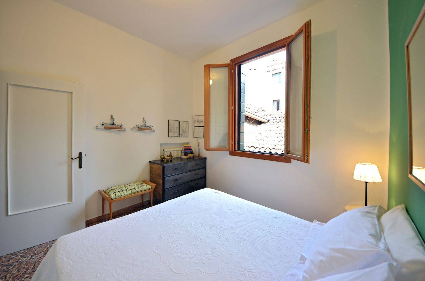 the second bedroom can be used as a double or twin