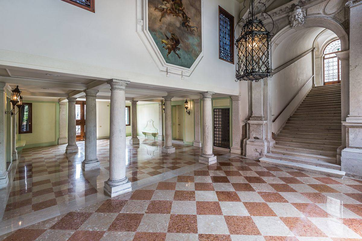the entrance hall of the Palace is truly prestigious