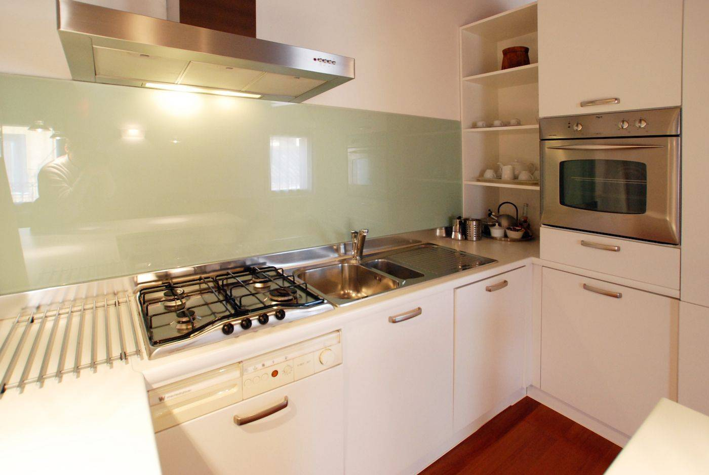 close up on the fully equipped kitchen