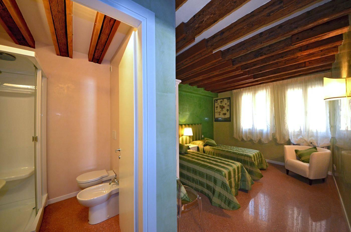 second bedroom, double or twin, with en-suite bathroom