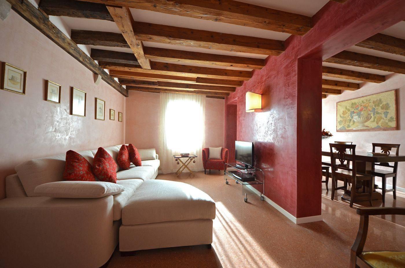 Palladio living room