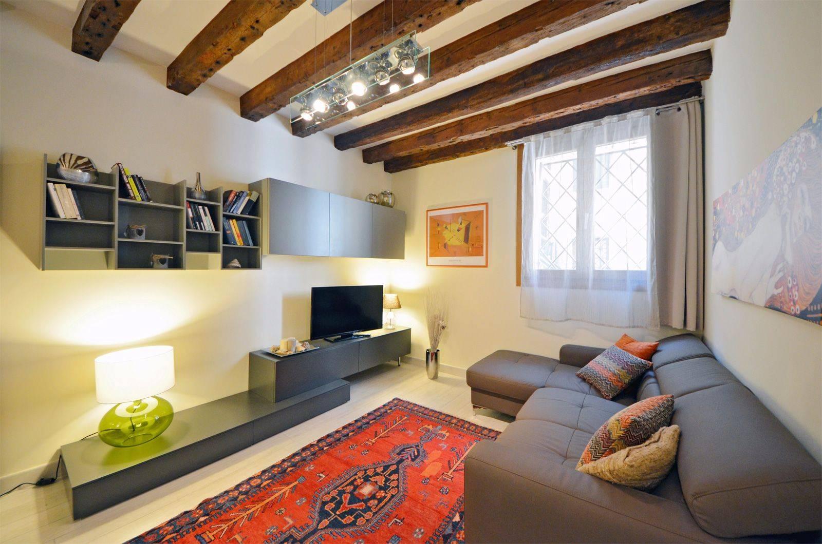 living room of the Cà Pesaro Suite