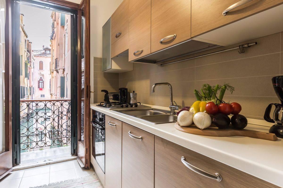 Angelo Raffaele kitchen with balcony