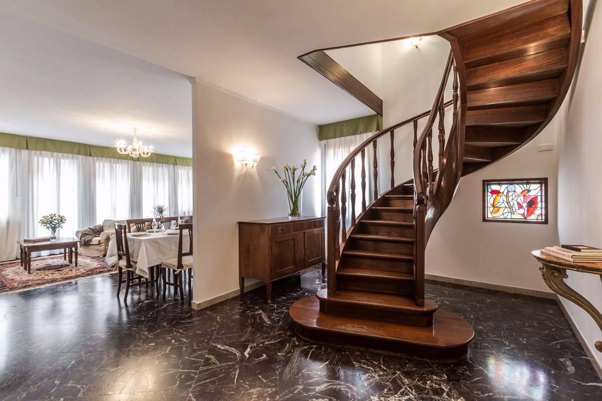 Angelo Gabriele apartment spacious living room