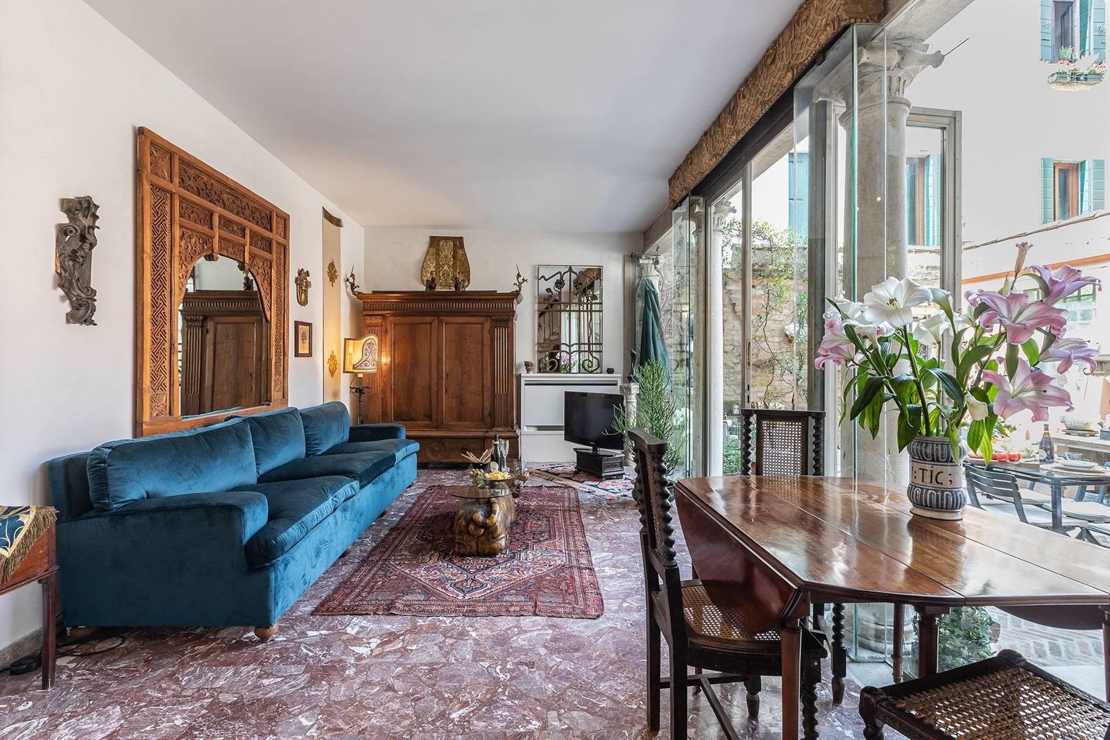 the Loredan is a unique Venetian style home