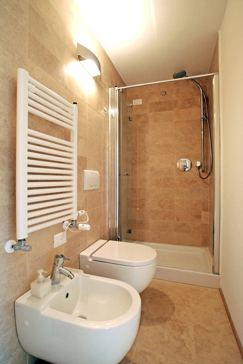 nice bathroom with a large shower cabin