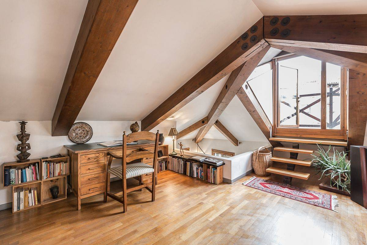 the attic is a lovely place for studing, reading or just relaxing