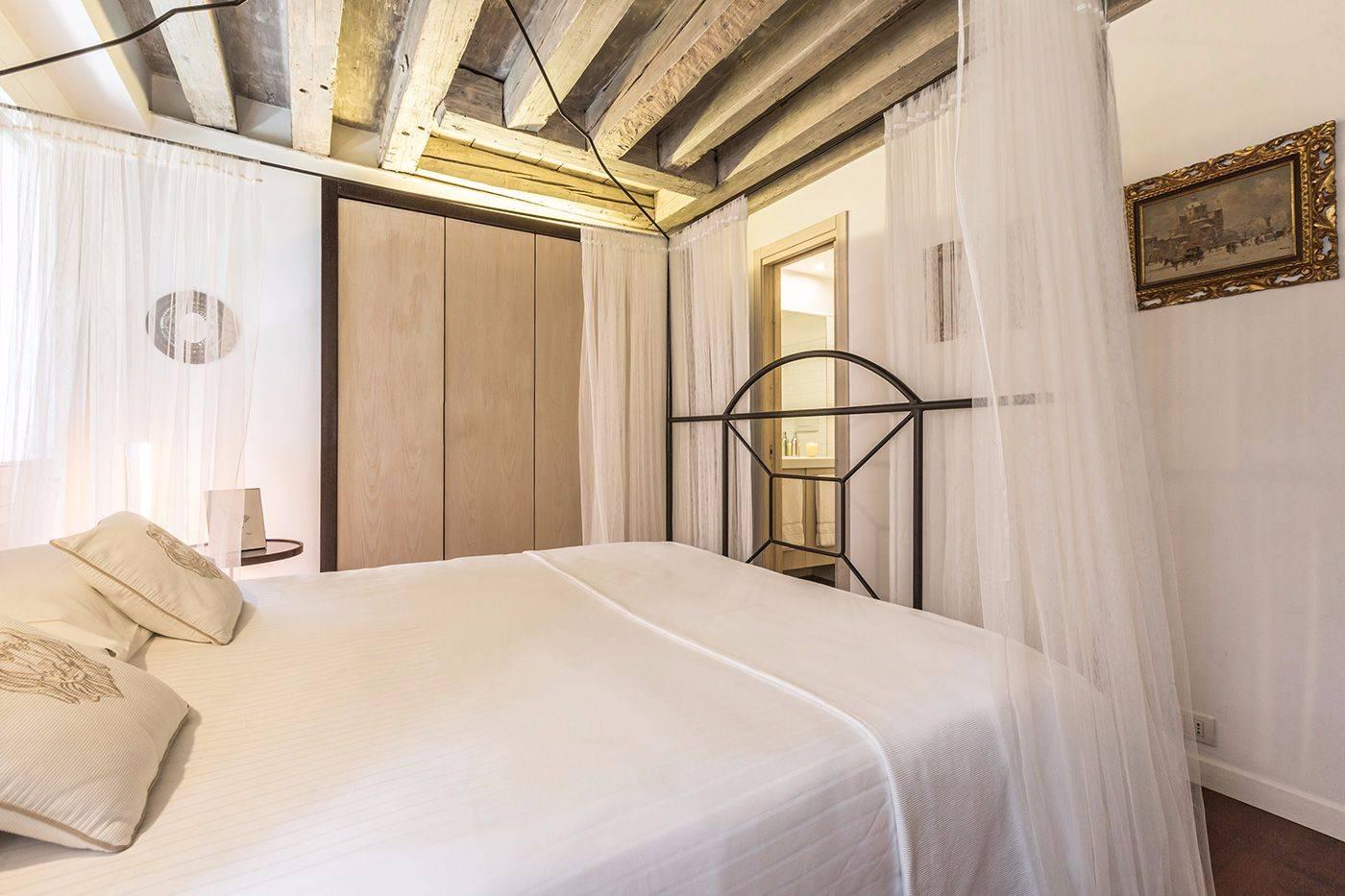 master bedroom with access to en-suite bathroom