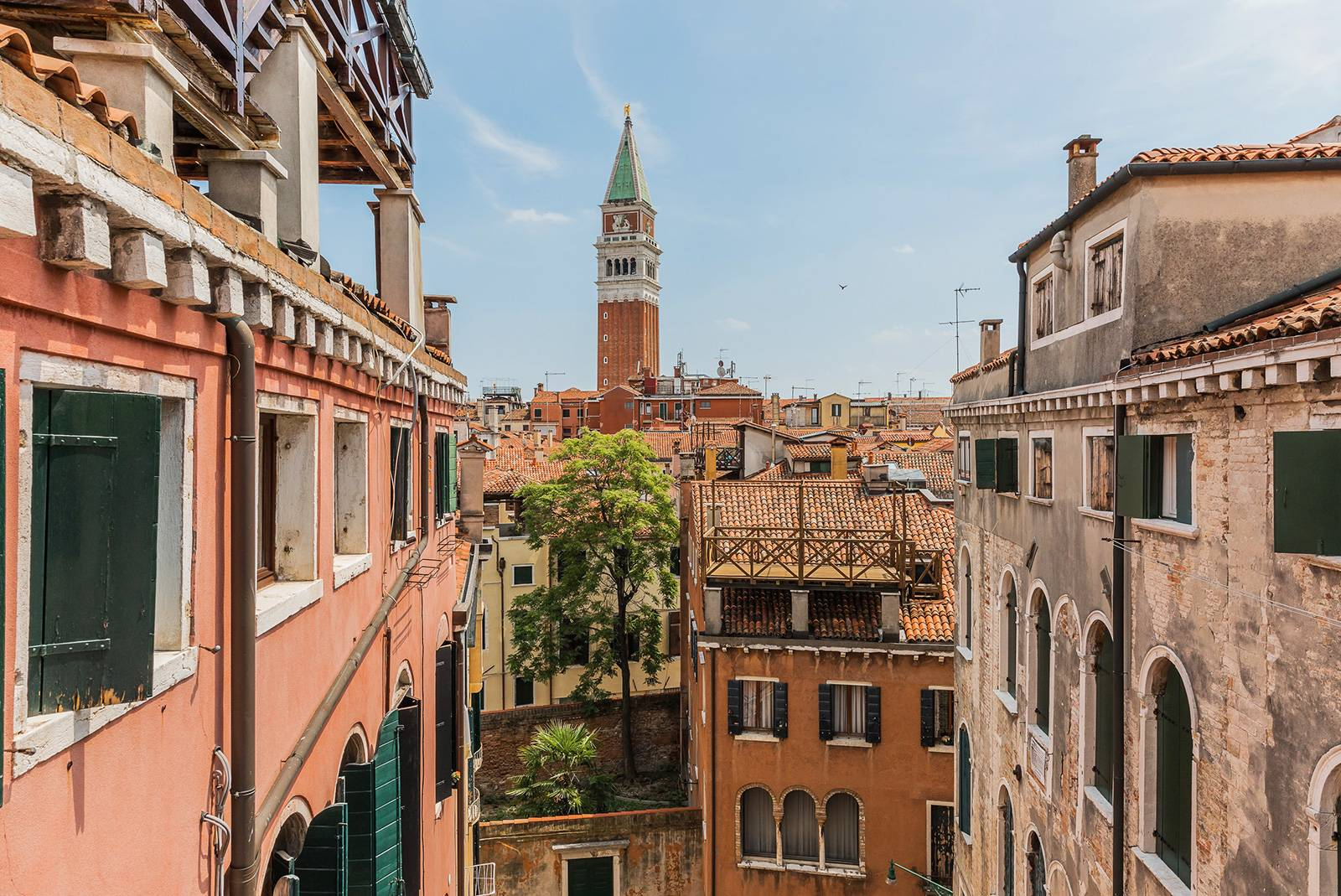 enjoy the charming view on San Marco Belltower from the Albrizzi Apartment