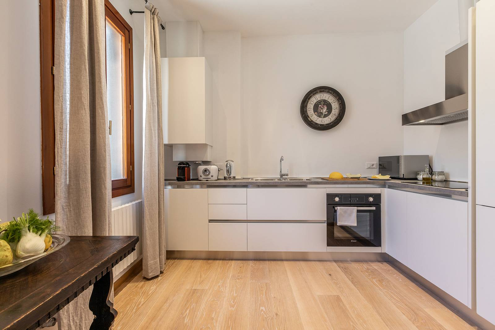brand new and spacious kitchen