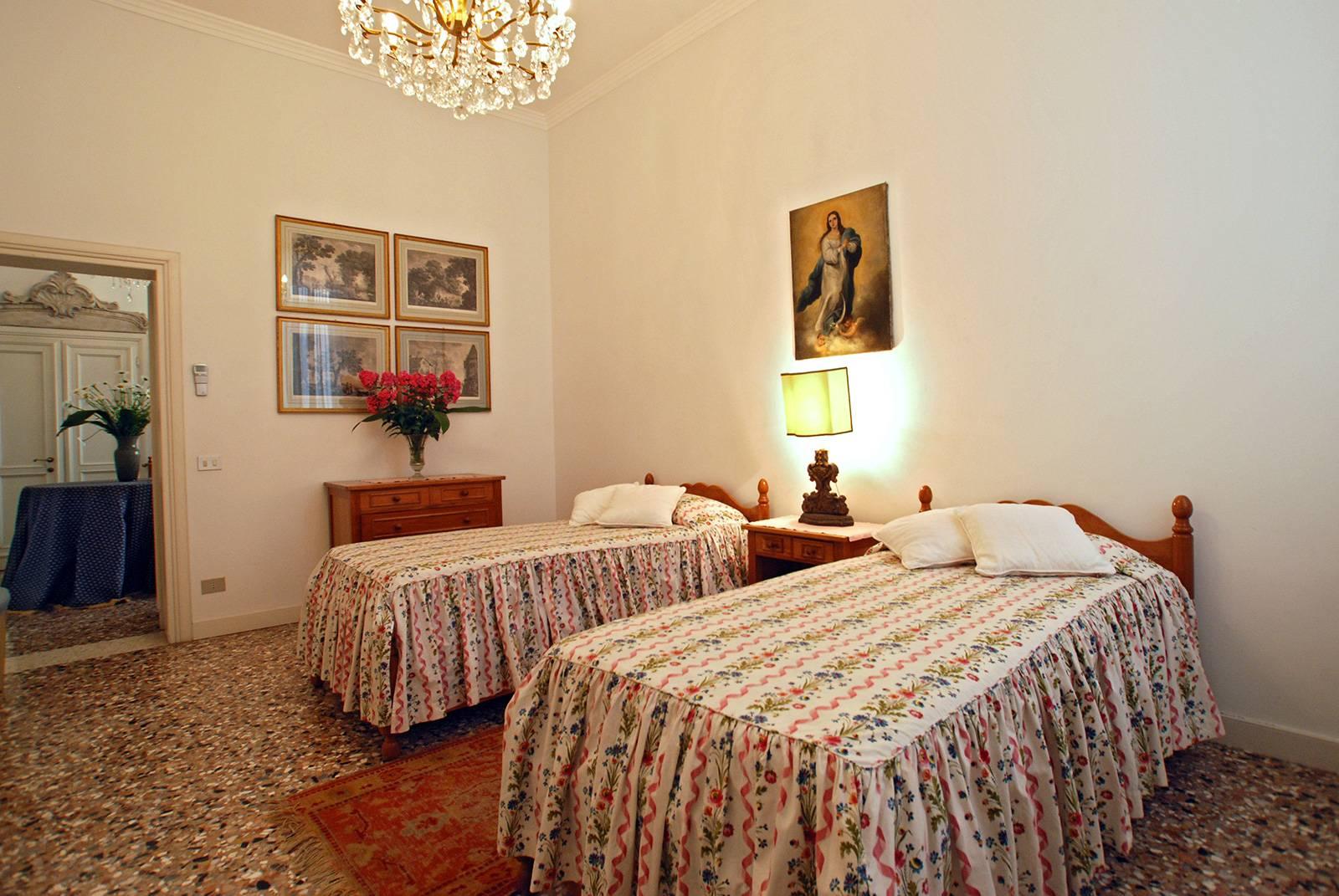 Rezzonico Garden Apartment: 2nd bedroom