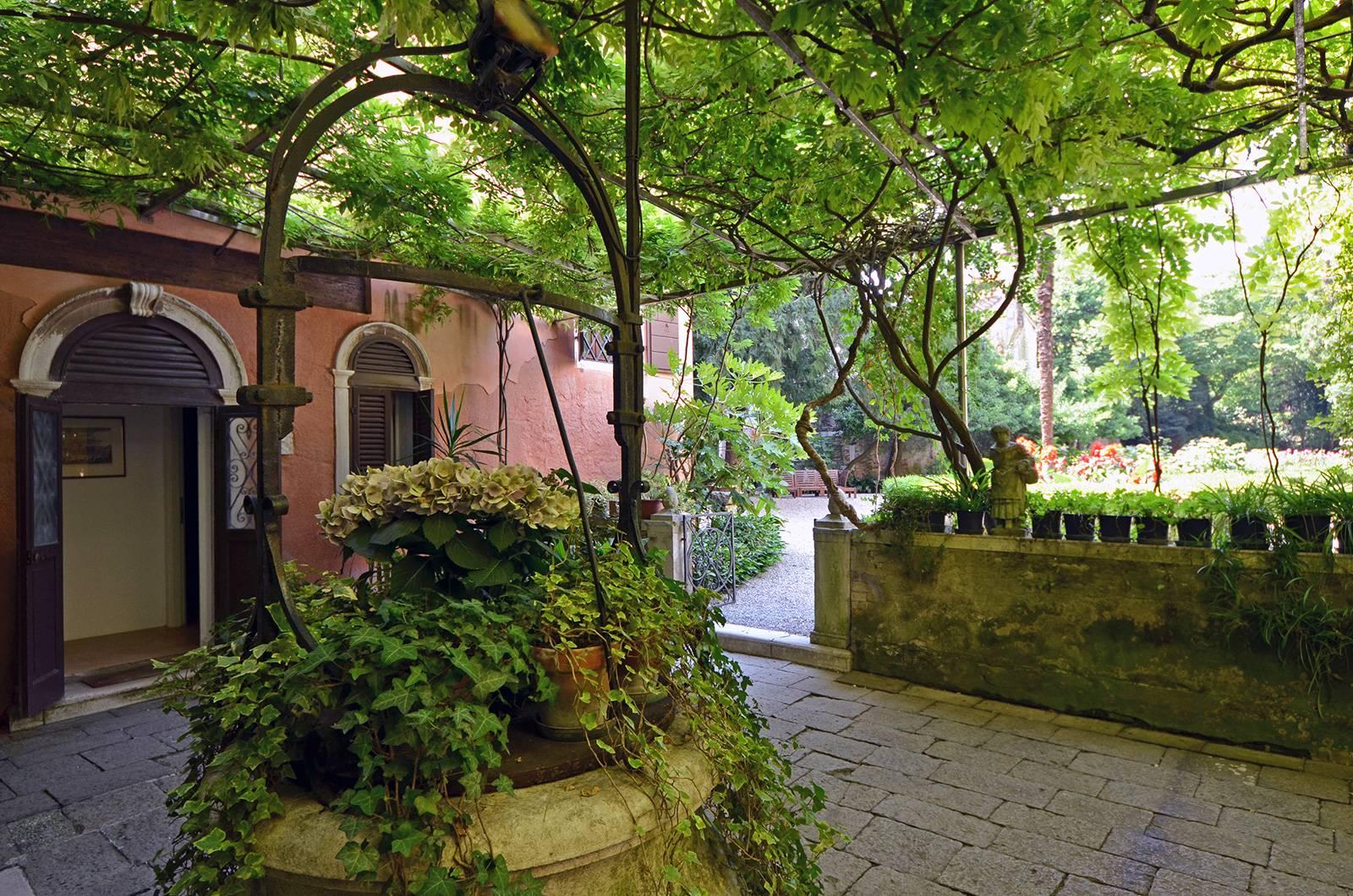 Rezzonico Palace private garden