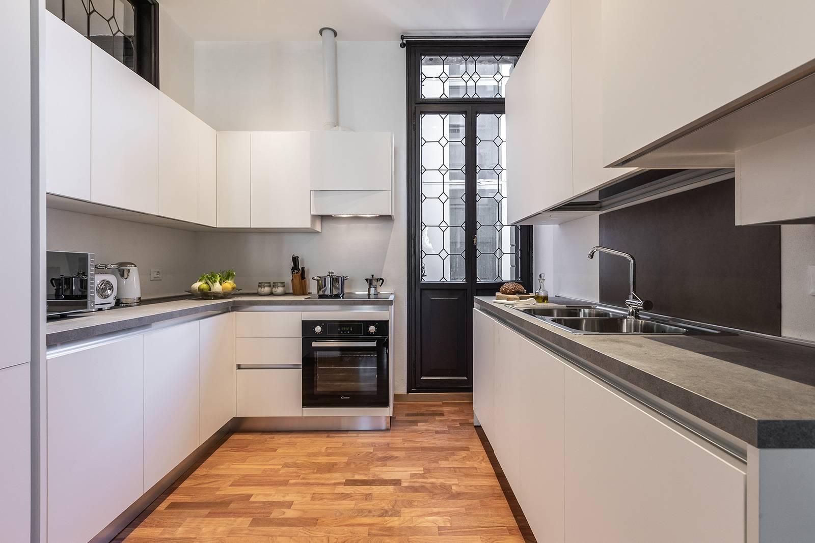 Rigoletto apartment main kitchen