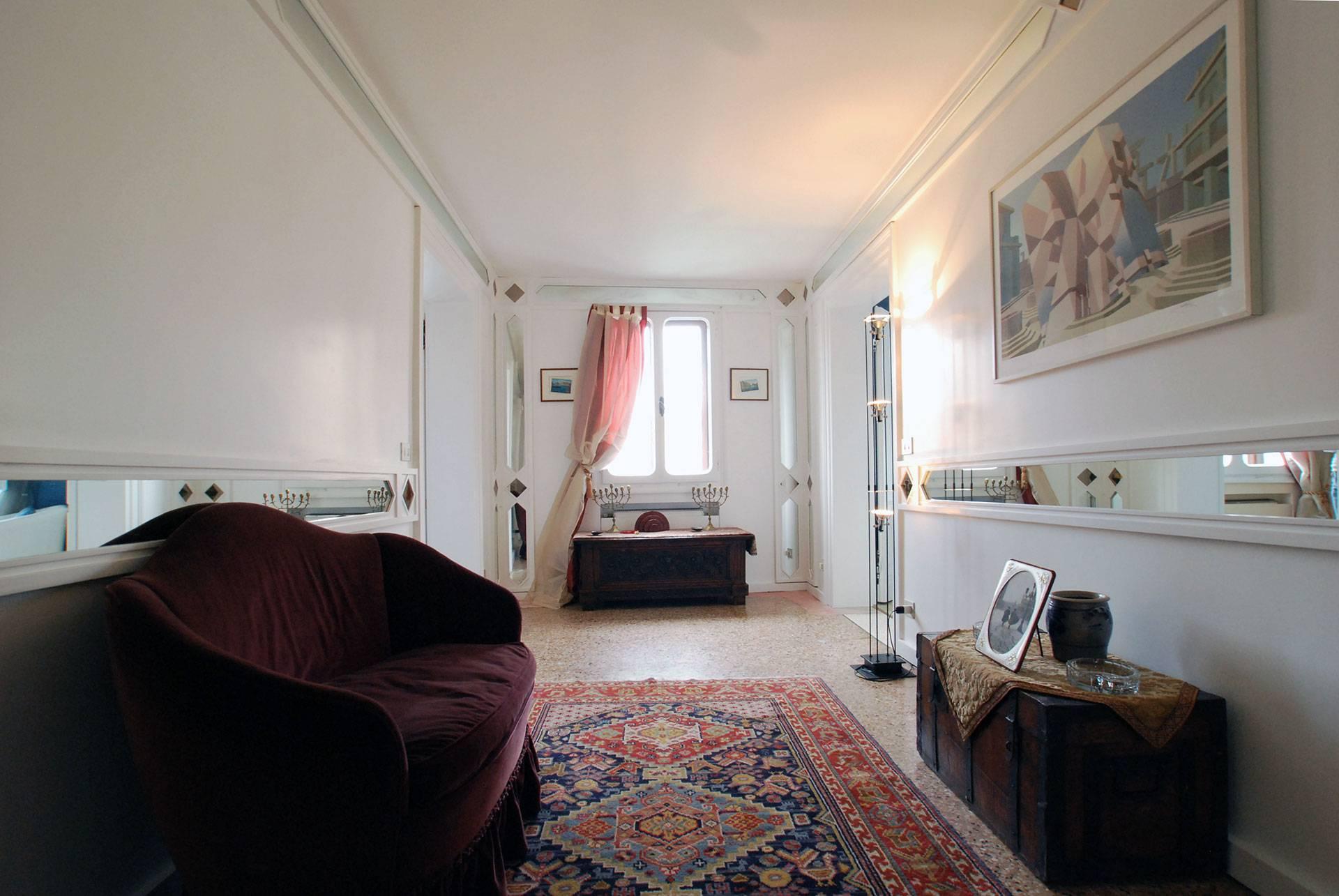 elegantly furnished entrance room