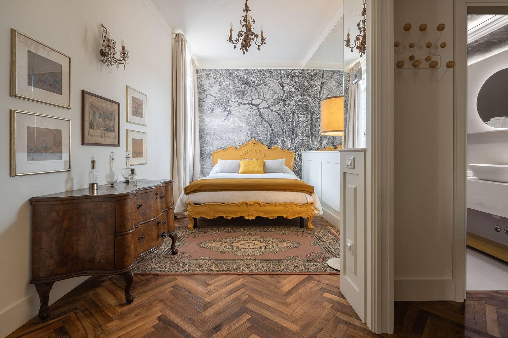 3th floor: smaller bedroom