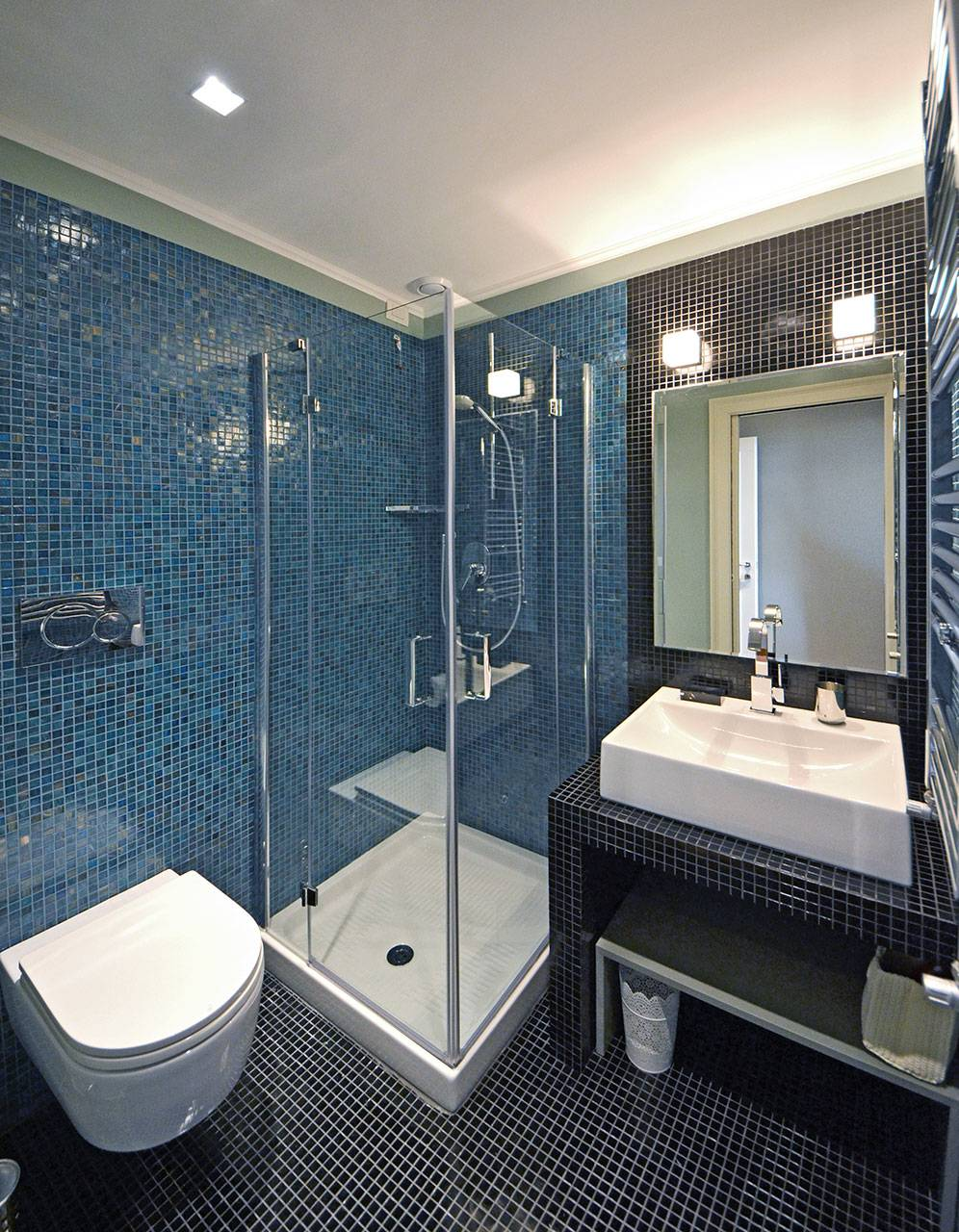 bathroom connected to the living room