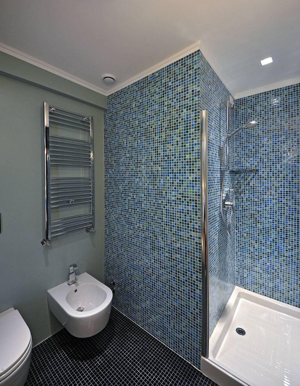 bathroom of the 4th bedroom