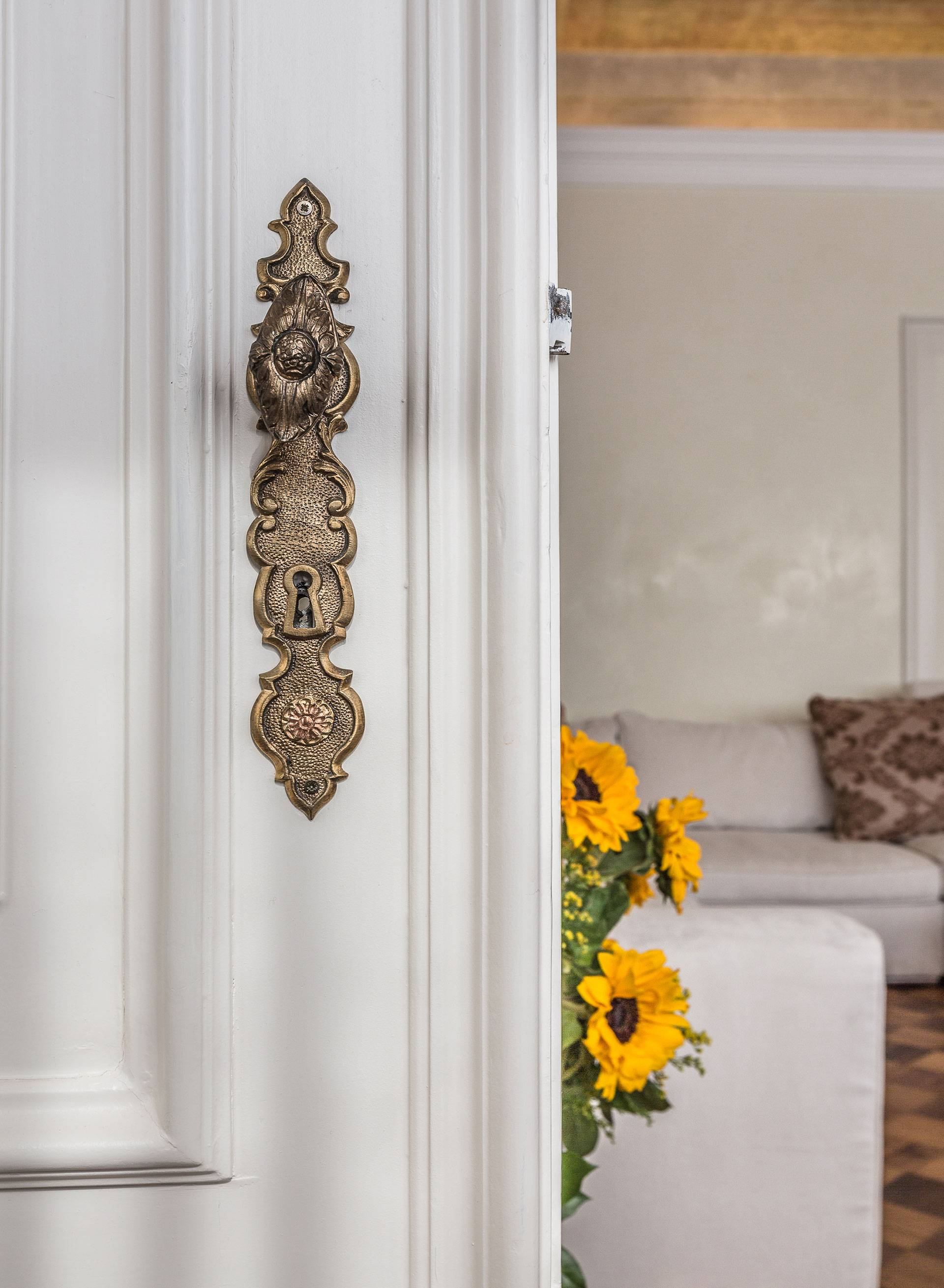 elegant and refined details of the interiors