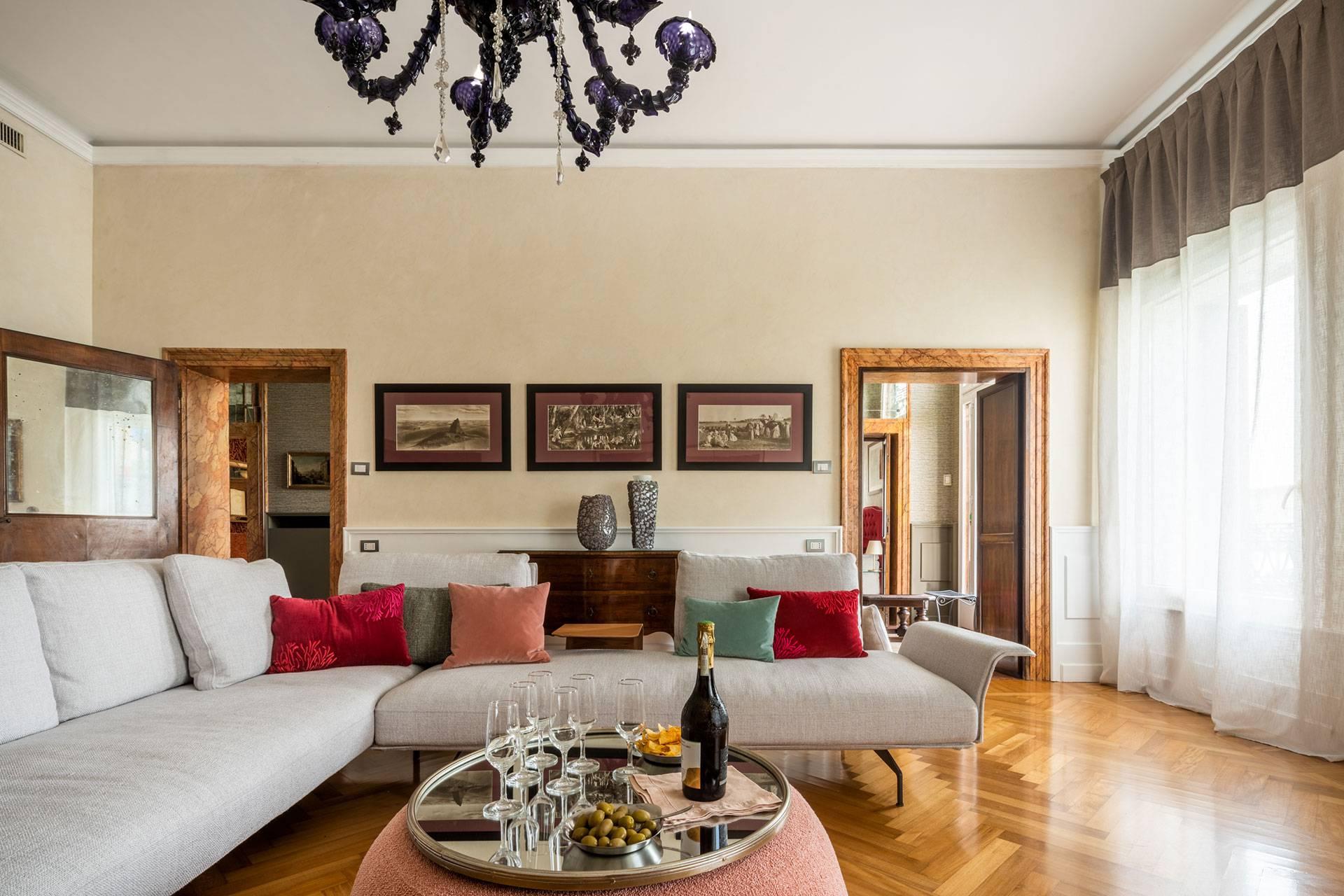 Elegant and spacious living room of the Dogaressa apartment